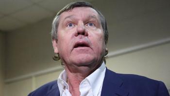 Шансонье Александру Новикову возместили 1 млн рублей запреследование поделу «Бухты Квинс»
