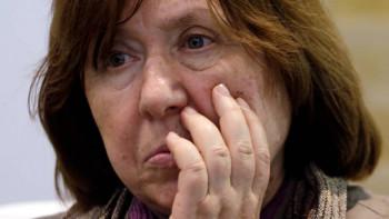 Нобелевский лауреат Светлана Алексиевич призвала Лукашенко уйти вотставку