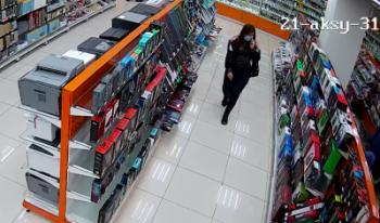 Жительница Нижнего Тагила ездила по городам Свердловской области и обворовывала магазины