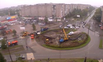 Из-за коммунальной аварии движение трамваев в Дзержинском районе Нижнего Тагила возобновится не раньше понедельника. На месте проведения ремонтных работ перекрыто движение автотранспорта