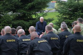 Лукашенко дал силовикам два дня на устранение беспорядков в Гродно