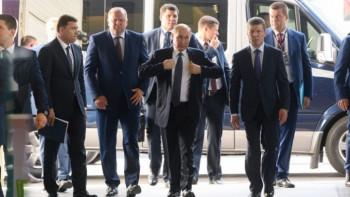 Путин в октябре приедет в Екатеринбург