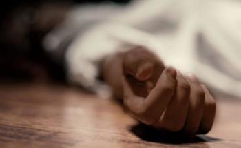 В Екатеринбурге мужчина больше года прожил в квартире с разлагающимся трупом
