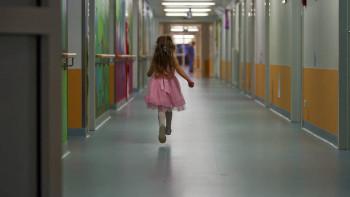 Детский омбудсмен Москвы сообщила о новой семье девочки, прожившей 5 лет в больнице