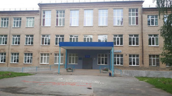 ВЕкатеринбурге изокна школы-интерната для детей сЗПР выпал первоклассник