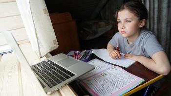ВЕкатеринбурге учеников ещё нескольких школ перевели на дистанционное обучение из-за коронавируса