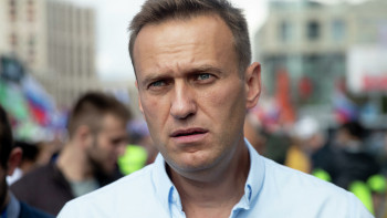 В больнице Омска объяснили состояние Навального диетами