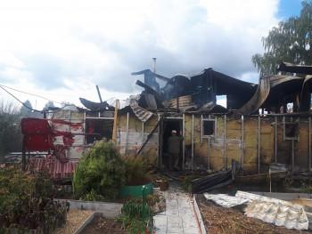 В выходные в Нижнем Тагиле и пригороде сгорели квартира и два частных дома