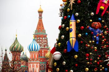 Минтруд предложил установить новогодние каникулы в 2021 году с 1 по 10 января
