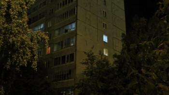 В Екатеринбурге двое нетрезвых парней устроили стрельбу с балкона жилого дома