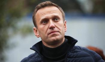 Немецкие врачи отключили Навального от аппарата ИВЛ, он может самостоятельно передвигаться