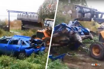 Полиция начала проверку инцидента наТаватуе, где сын бизнесмена раздавил трактором автомобиль