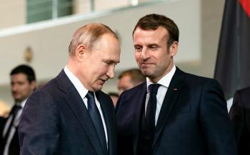 Le Monde: Путин в разговоре с Макроном допустил, что Навальный самостоятельно принял «Новичок»