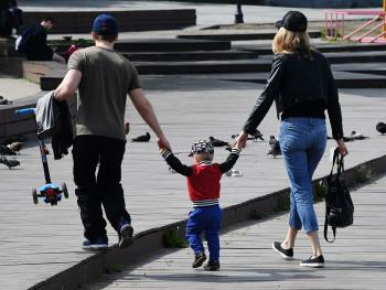 В России увеличат выплаты семьям с детьми