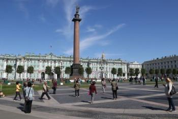 В Санкт-Петербурге разрешили все массовые мероприятия, кроме митингов