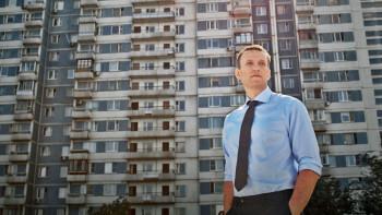 Приставы наложили арест на квартиру Алексея Навального