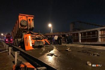 «Уралуправтодор» планирует восстановить рухнувший наЧелябинском тракте пешеходный мост