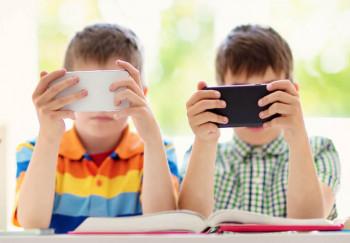 Минпросвещения разрабатывает «свой TikTok» для школьников
