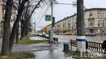 На проспекте Ленина в Нижнем Тагиле появился новый светофор и исчезла парковка на восемь машино-мест