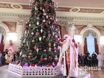 Тагильчан просят выбрать лучшее новогоднее представление