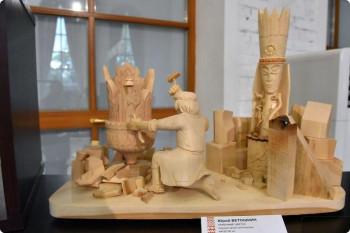 Художники Нижнего Тагила участвуют в конкурсе-выставке мастеров народных художественных промыслов