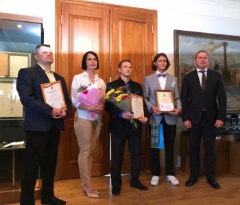 Мэр Нижнего Тагила попросил лауреатов премии Черепанова изобрести умный подъёмник для инвалидов-колясочников