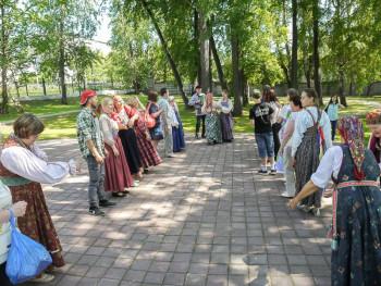 «Демидовская дача» открывает сезон променадов