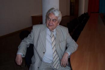 Умер композитор Евгений Крылатов — автор песен к мультфильмам «Умка», «Каникулы в Простоквашино» и фильму «Приключения Электроника»