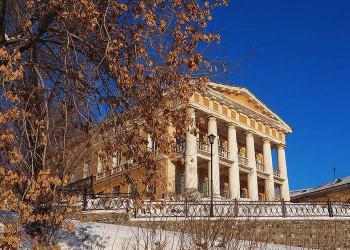Новая фотовыставка музея-заповедника расскажет о проблеме разрушения архитектурных памятников