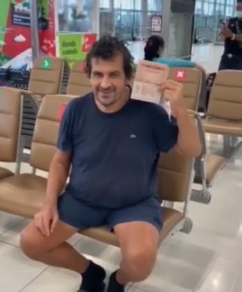 «В розыске не числится». Житель Нижнего Тагила больше месяца живёт ваэропорту Таиланда и отказывается возвращаться домой