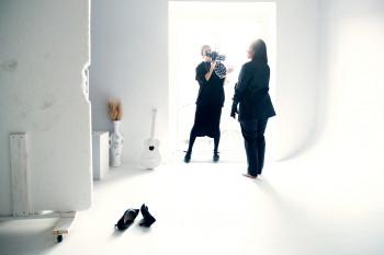 «Я не вижу отражения в зеркале, но чувствую, что я красивая». В Нижнем Тагиле прошла съёмка фотопроекта о привлекательности людей с инвалидностью