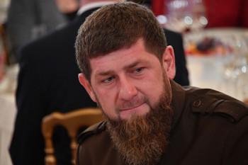 Глава Чечни Кадыров заявил о готовности покинуть пост из-за слов в адрес Макрона