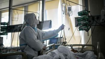Главный инфекционист Минздрава не исключил возможность третьей волны коронавируса