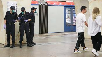 Жителей Свердловской области начали массово ловить за отсутствие масок