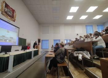 Минздрав Свердловской области направит 20 ординаторов в Нижний Тагил на борьбу с коронавирусом