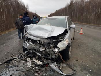 Под Нижним Тагилом 35-летний мужчина погиб в лобовом ДТП