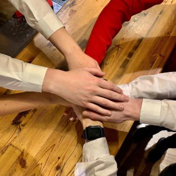 Рестораны и фитнес-клубы Нижнего Тагила хвалят друг друга в соцсетях в рамках антикризисной эстафеты взаимной поддержки
