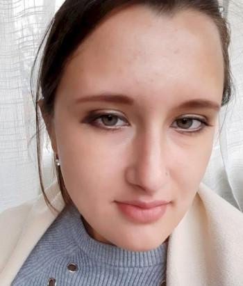СК объявил в федеральный розыск жительницу Верхней Пышмы, избившую двух полицейских