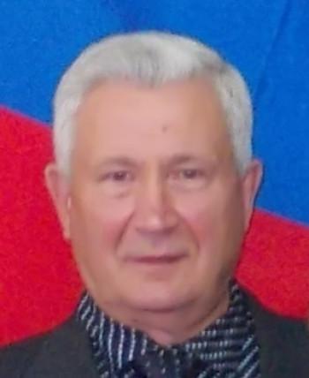 В Свердловской области 69-летнего депутата обвиняют в совращении 15-летней школьницы