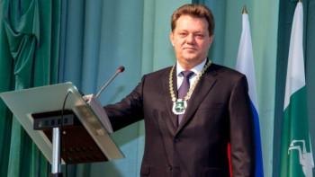 В отношении мэра Томска возбудили уголовное дело за превышение полномочий. ФСБ задержала градоначальника во время совещания (ВИДЕО)