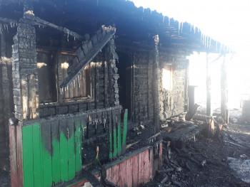 Сгорели квартира, садовый дом и баня. В Нижнем Тагиле за сутки произошло четыре пожара