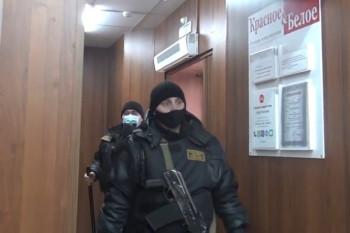 В Нижнем Тагиле блогера-антимасочника задержала полиция (ВИДЕО)