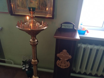 В Новоуральске три подростка украли из храма ящик для пожертвований