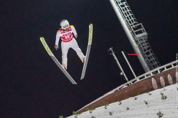 Сборную России по прыжкам на лыжах с трамплина отправили на карантин и могут не допустить к участию в международных соревнованиях в Нижнем Тагиле