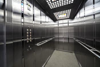 В Нижнем Тагиле за год заменили 42 лифта