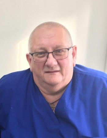 ВНижнем Тагиле скончался заведующий травмпунктом Георгий Ионга. Он посвятил профессии более 39 лет