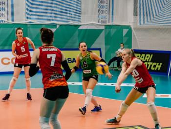 «Уралочка-НТМК» вернулась к матчам после карантина и в первой игре уступила команде из Липецка