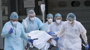 Фонд святой Екатерины выплатит по 200 тысячрублей семьям медиков из Нижнего Тагила, погибших вборьбе с COVID-19
