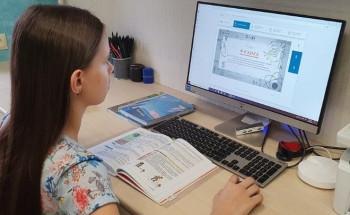 Школьников Свердловской области оставят на дистанте до Нового года