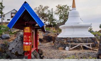 Квадроцикл, вездеходы и валюта: силовики проверят траты буддистов с горы Качканар, получивших от ЕВРАЗа 26 млн рублей на переезд